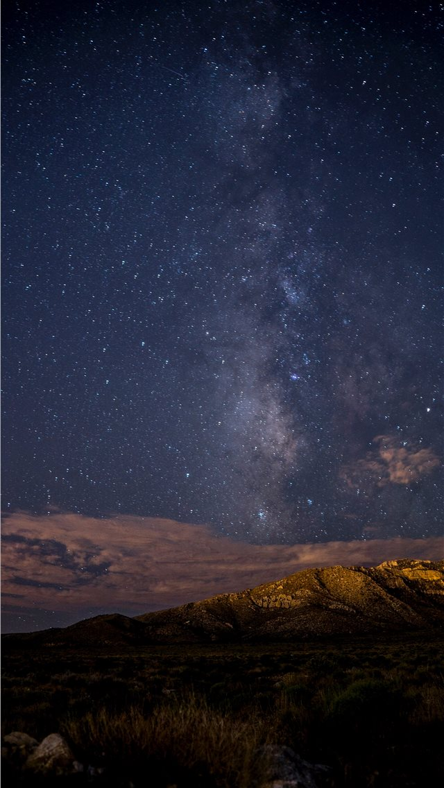 Exposed Night Sky iPhone wallpaper