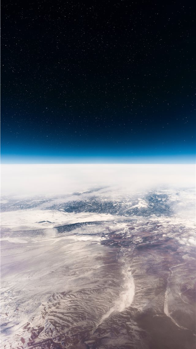 Interstellar iPhone wallpaper