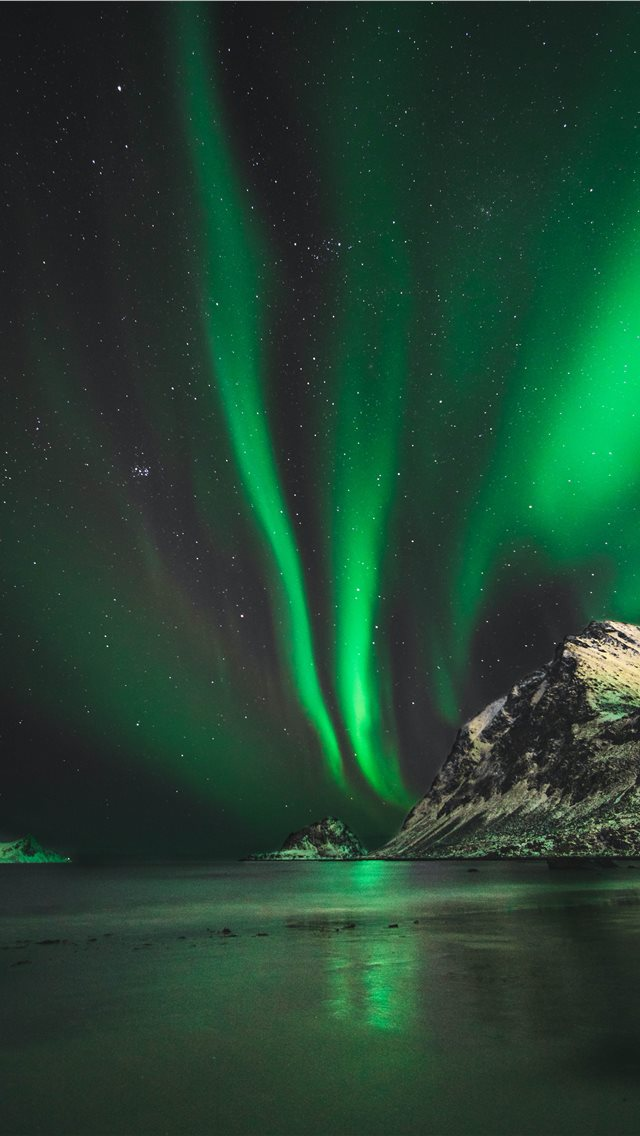Northern lights in Norway iPhone wallpaper