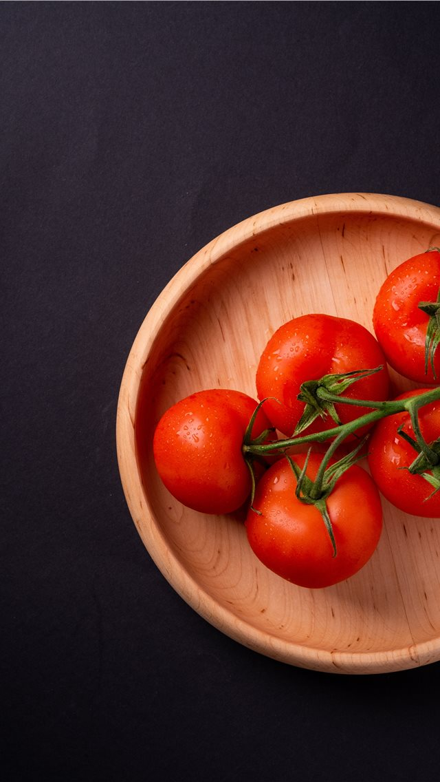 Tomatoes !!! iPhone wallpaper