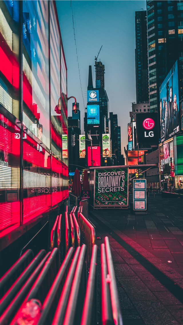 Times Square  New York  United States iPhone wallpaper