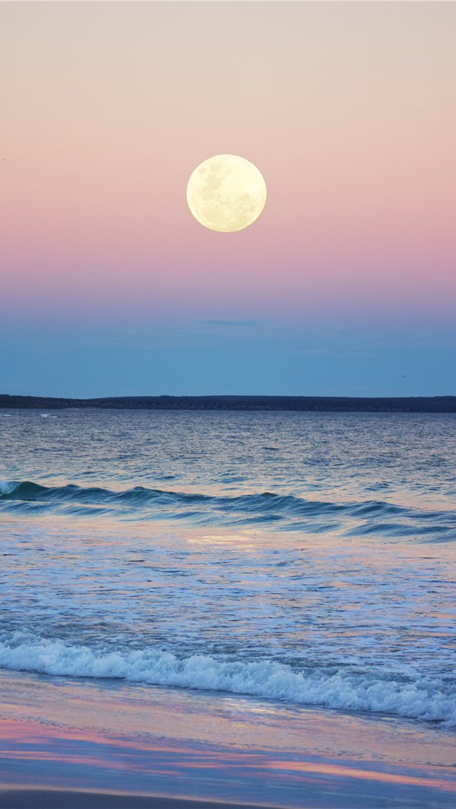 The nearly full moon rising over Jervis Bay  Austr... iPhone wallpaper