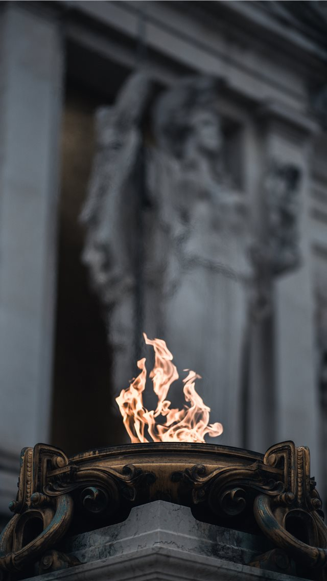 A fire close to the Altare della Patria  iPhone wallpaper