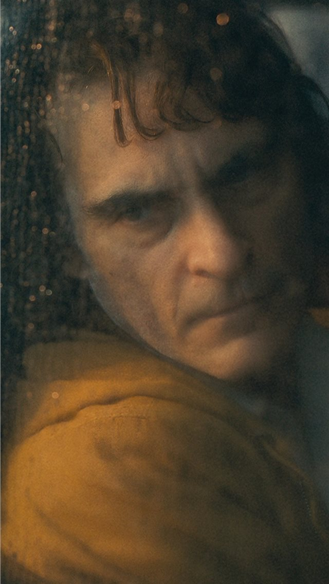 joaquin phoenix in joker movie 4k iPhone wallpaper