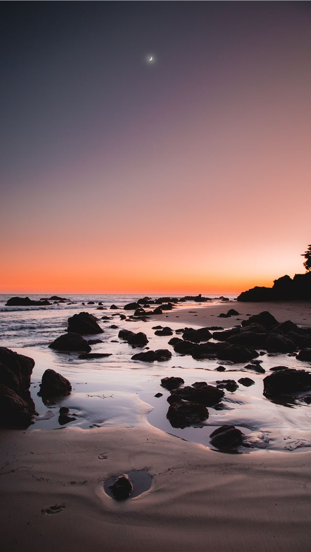 picture of a rocky beach iPhone wallpaper