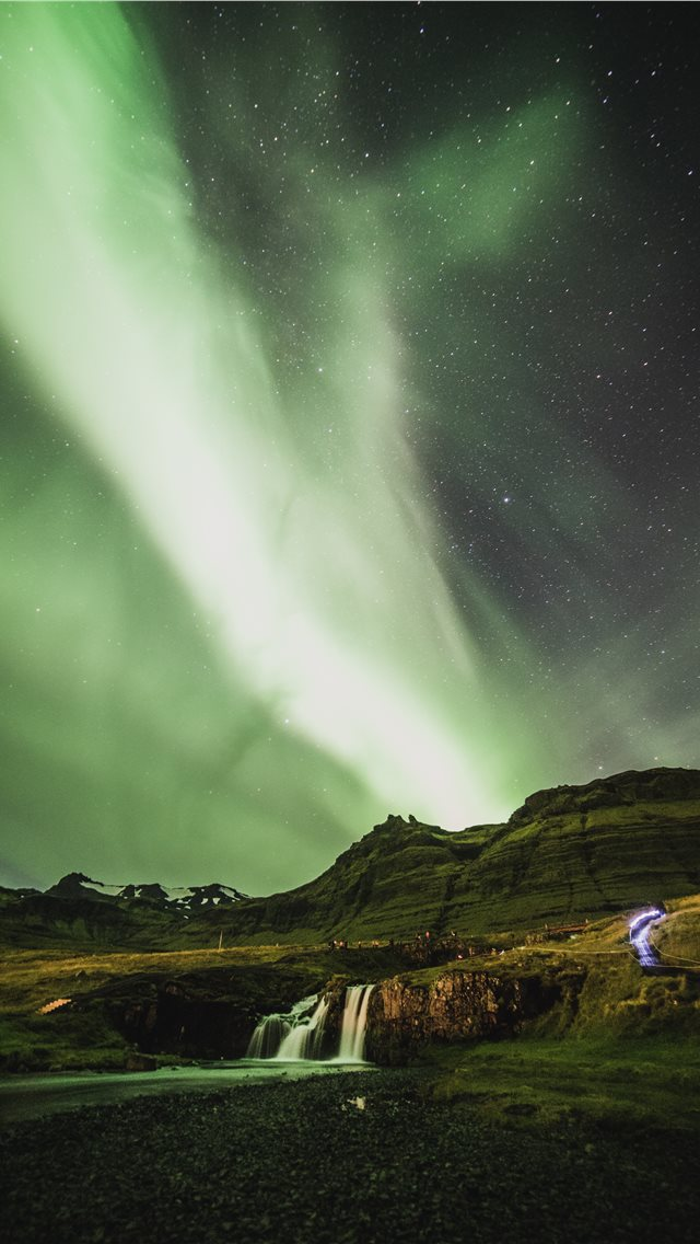 aurora lights iPhone wallpaper