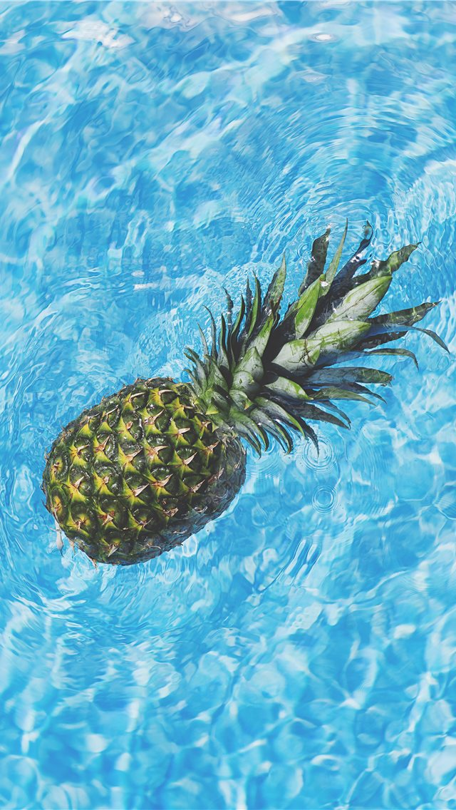 pineapple in water iPhone wallpaper