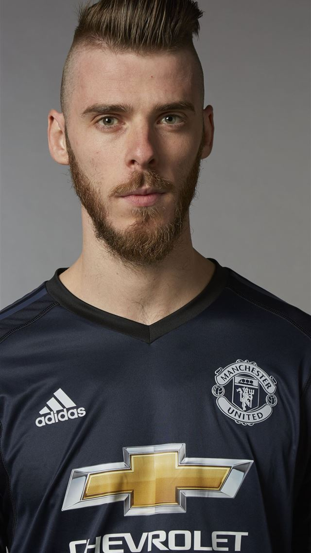 Manchester United goalkeeper David De Gea Official... iPhone wallpaper