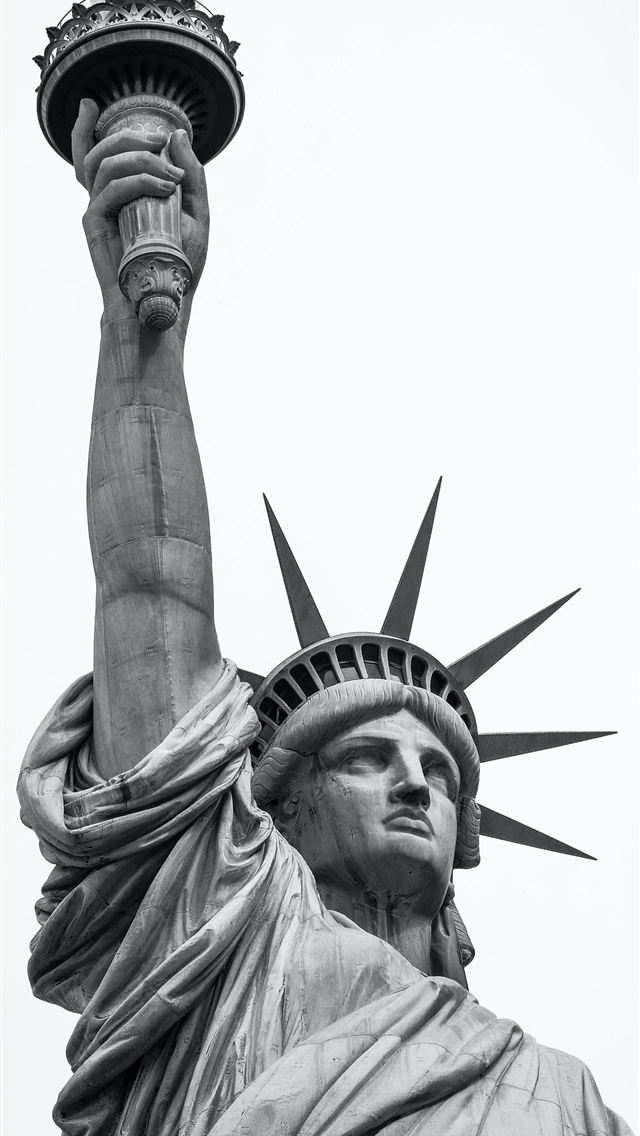 Statue of Liberty iPhone wallpaper