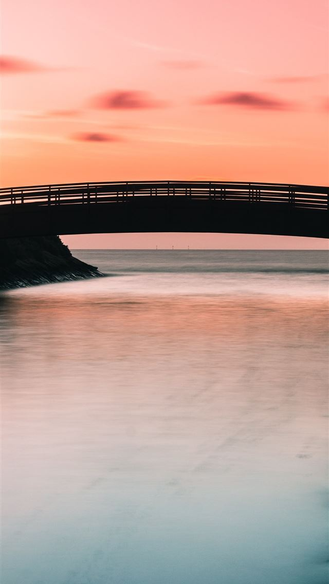silhouette of bridge iPhone wallpaper