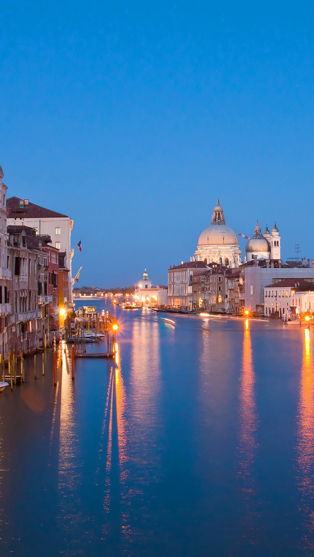 Venice At Night Iphone Wallpapers Free Download