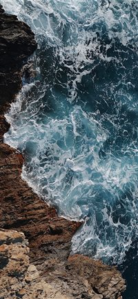 wild blue sea iPhone X wallpaper