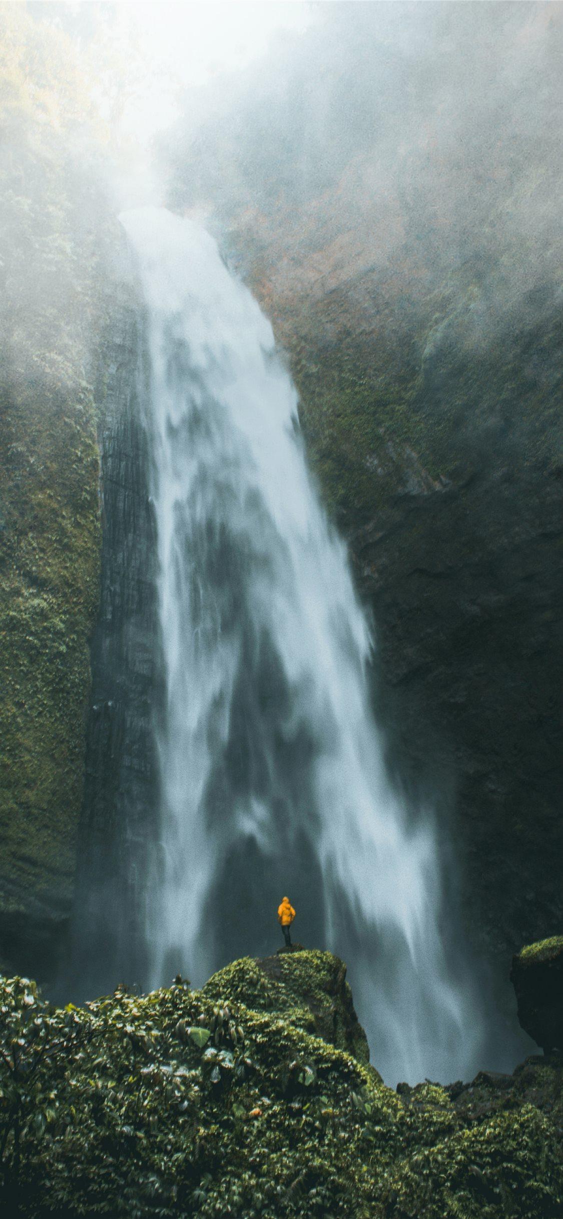 Kabut Pelangi Waterfall The Real Beauty Of Nature Iphone X Wallpaper