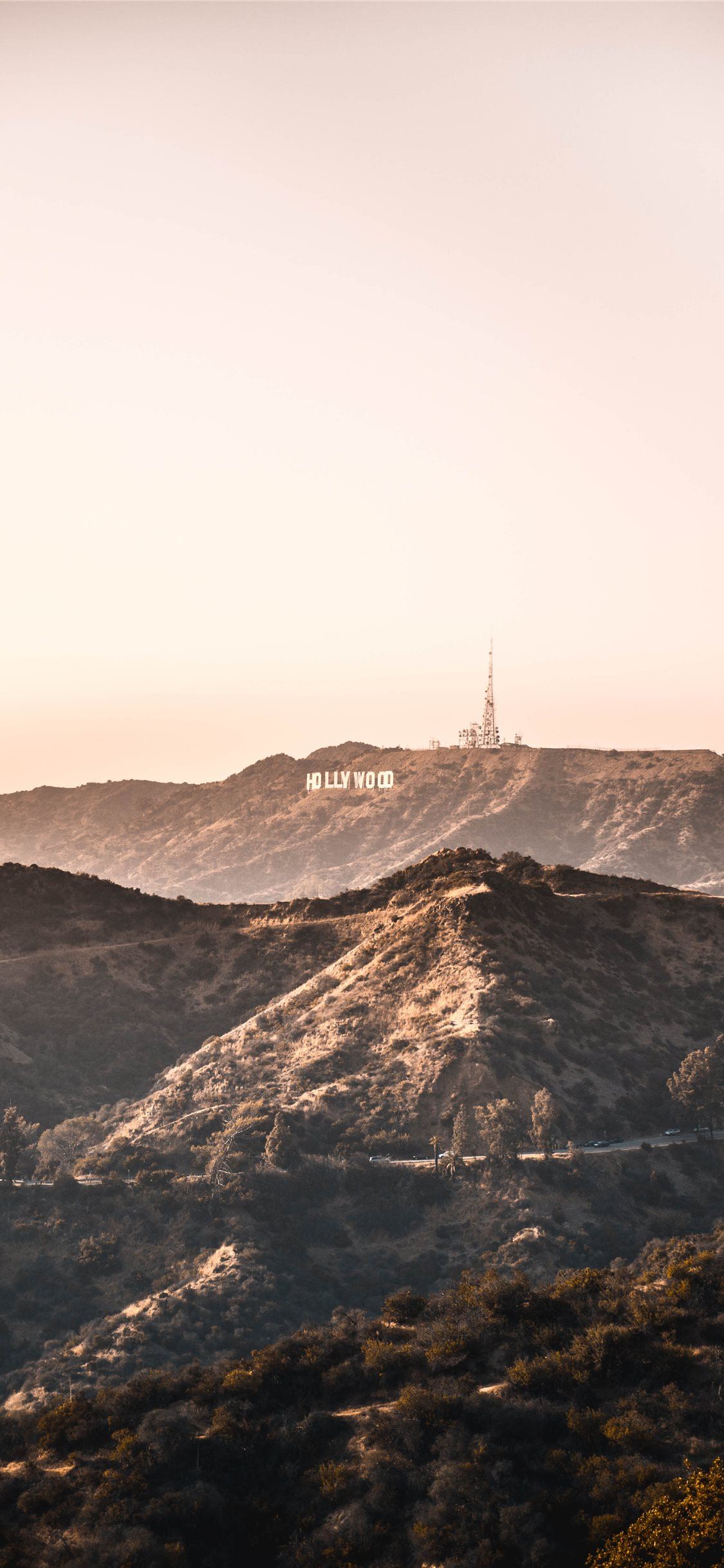 Hollywood Hills Iphone 8 Wallpaper Download Iphone