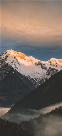 Schwarzenstein summit  Zillertal Alps  Italy iPhone X(S/Max/R) wallpaper