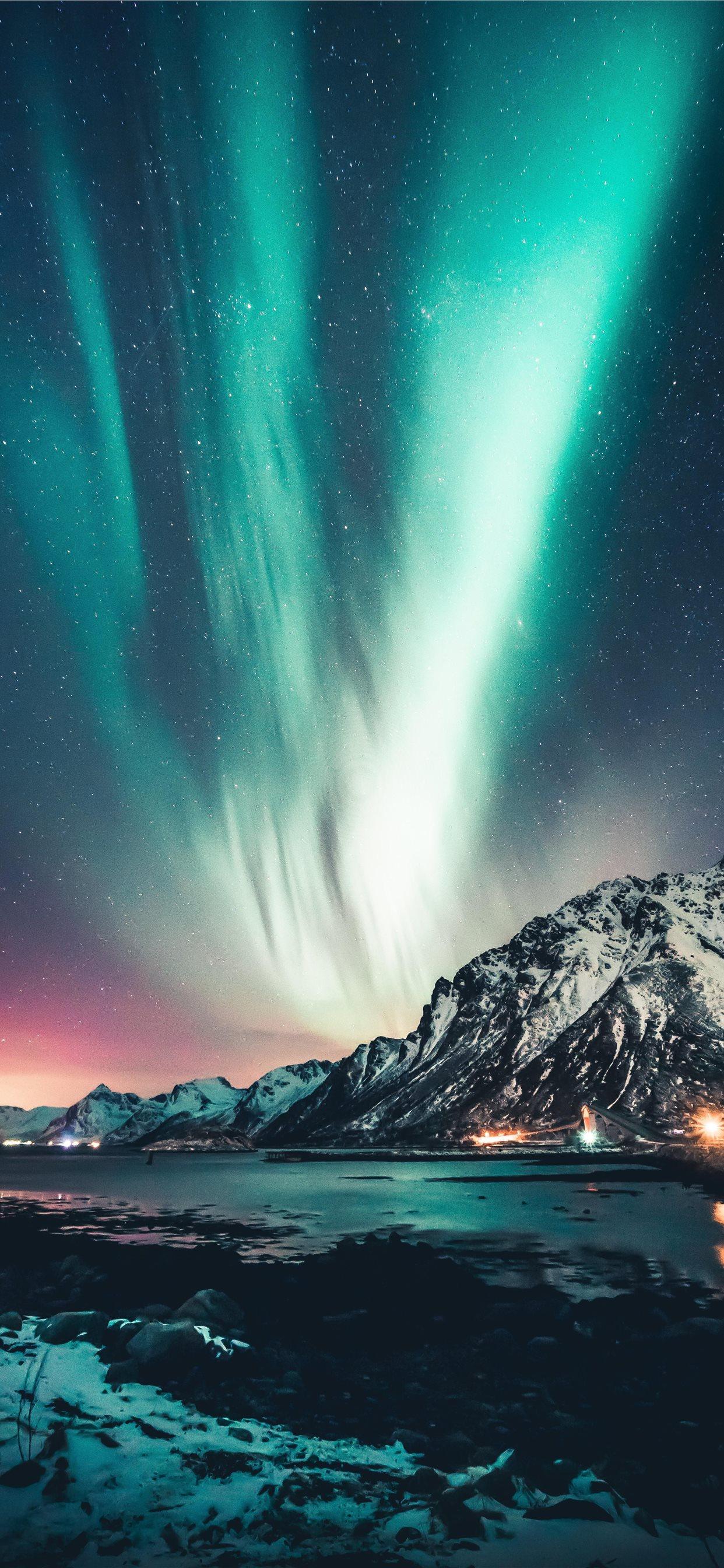 Northern Lights Over Lofoten Islands Norway Oc Iphone X Wallpapers Free Download