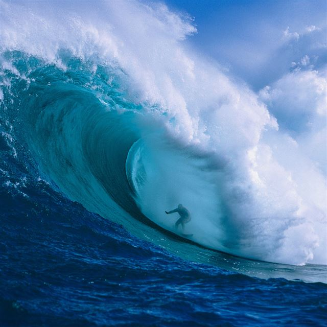 Hawaii Surfer iPad wallpaper