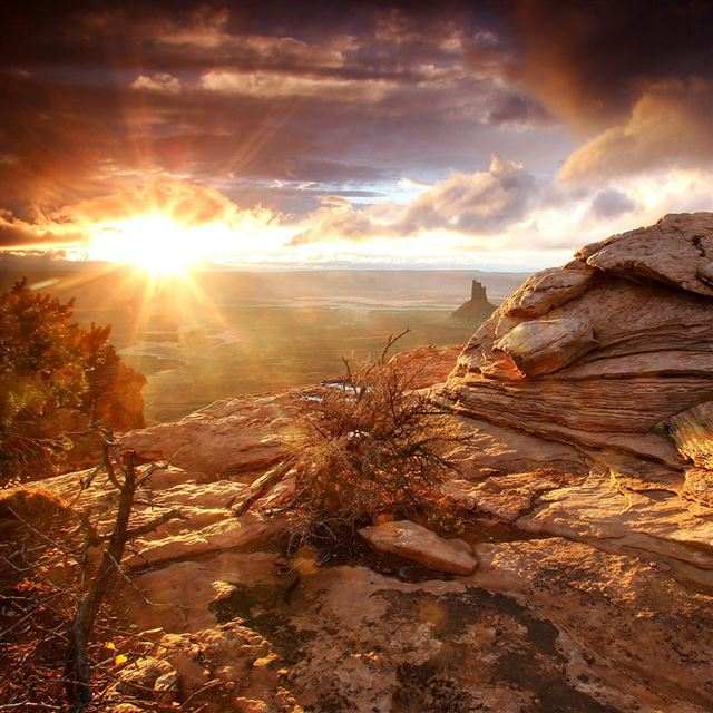 Hilltop Sunrise iPad wallpaper