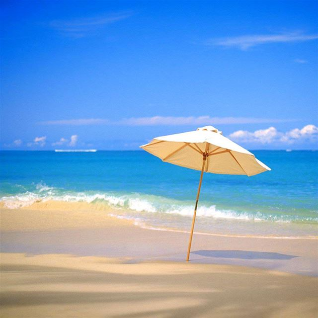 Umbrella in Beach iPad wallpaper