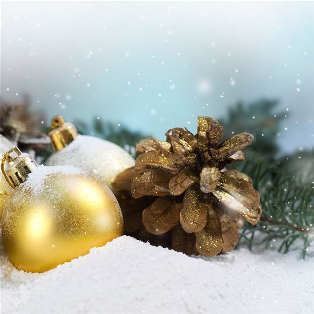 Christmas golden ball iPad wallpaper