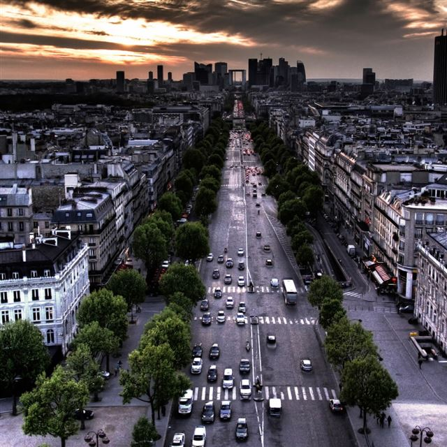 Paris Aerial View From Triumphal Arch In Louvre Direction iPad wallpaper