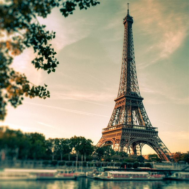 Lovely Eiffel Tower View iPad wallpaper