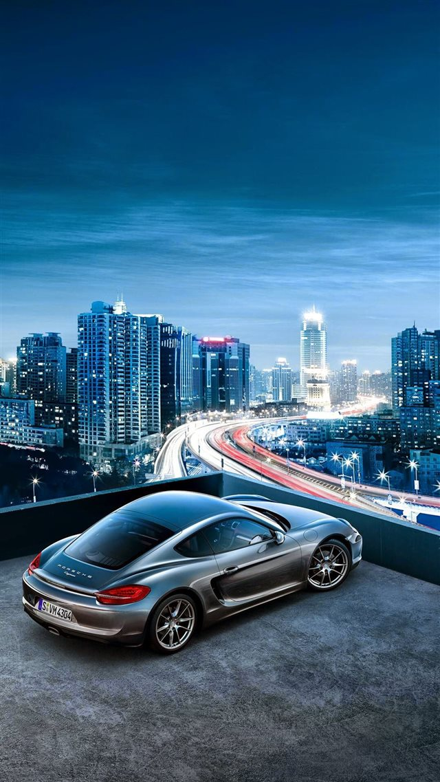 Porsche Cayenne City View iPhone 8 wallpaper