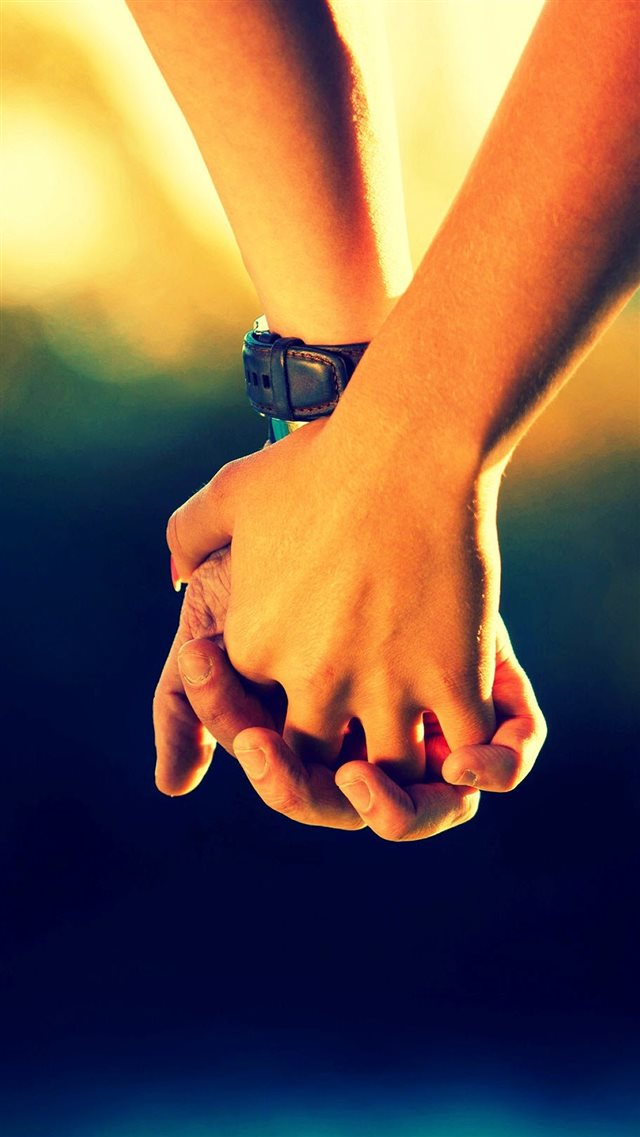 Couple Holding Hands iPhone 8 wallpaper