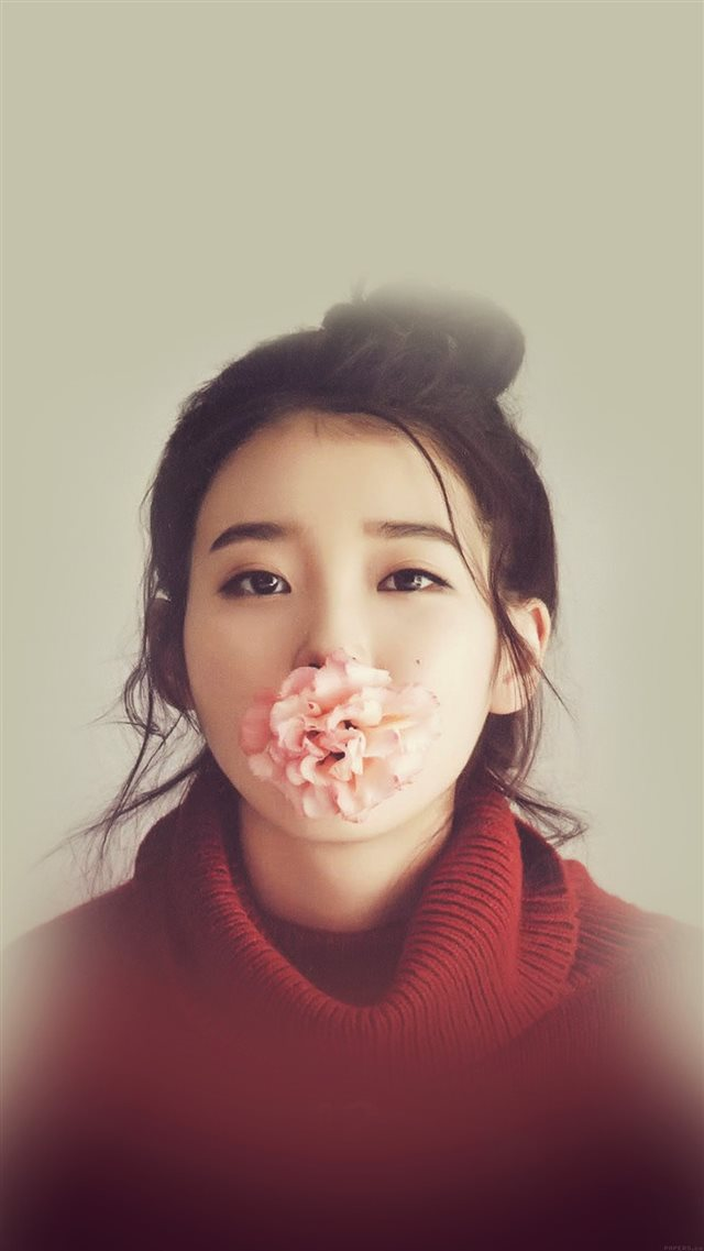 Kpop IU Singer Music Cute Girl Sexy iPhone 8 wallpaper