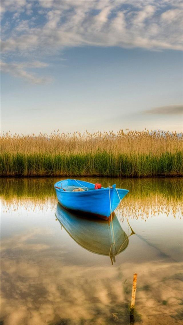Nature Blue Boat Stranding Calm Crystal Lake iPhone 8 wallpaper