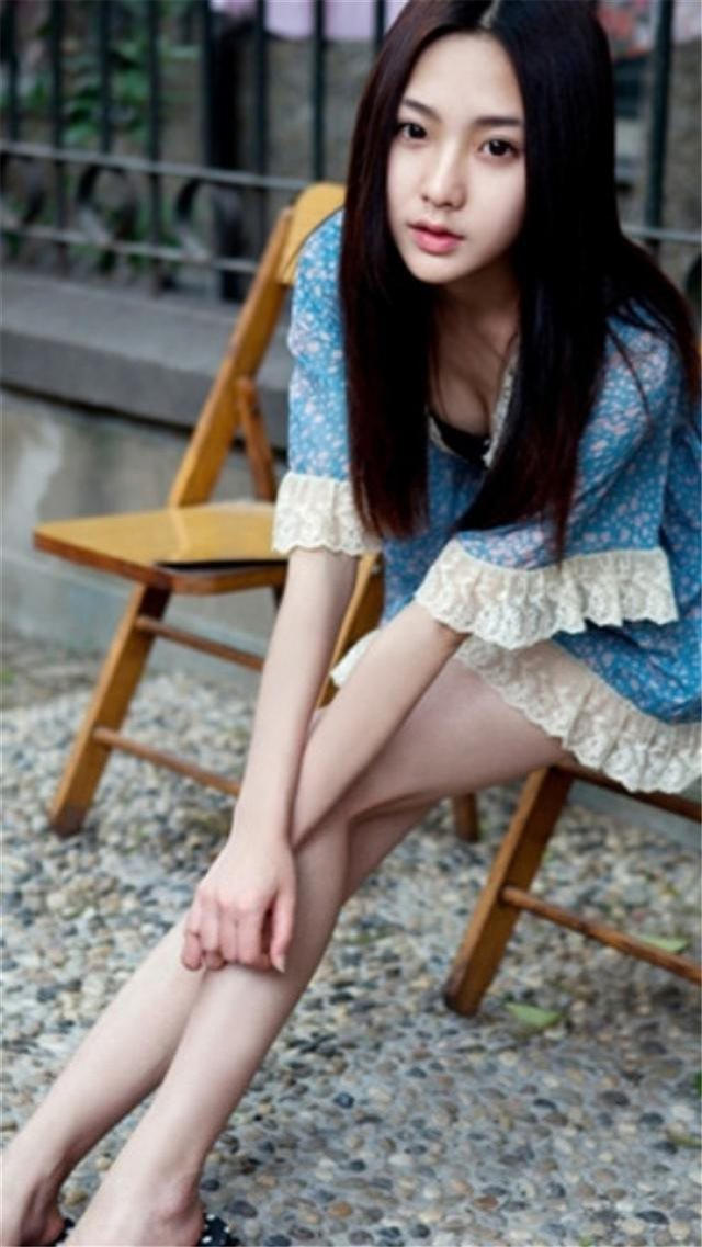 Pure Sweet Sexy Asian Girl iPhone 8 wallpaper