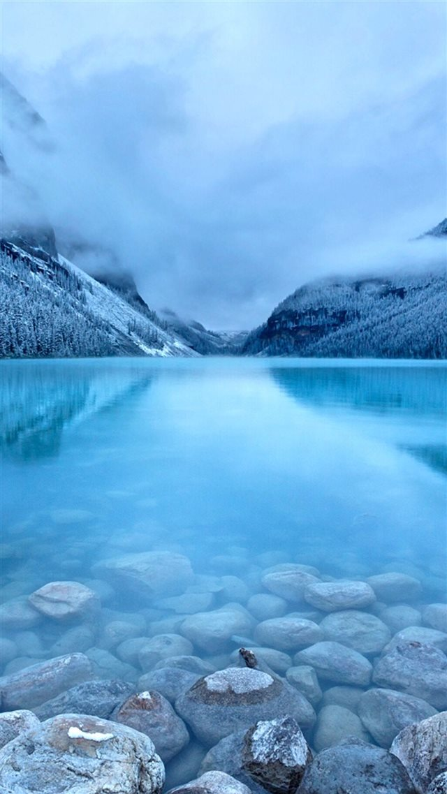 Nature Early Morning Peaceful Lake Mist Mountain Landscape iPhone 8 wallpaper