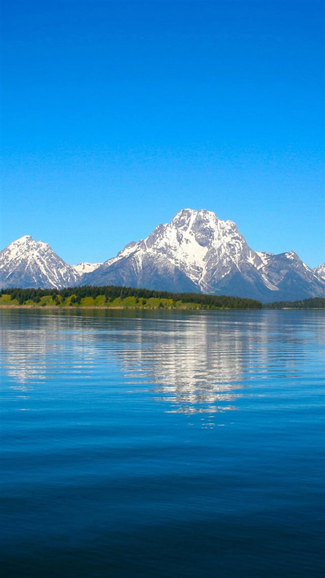 Nature Pure Blue Sky Peaceful Mountain Lake Landscape iPhone 8 wallpaper