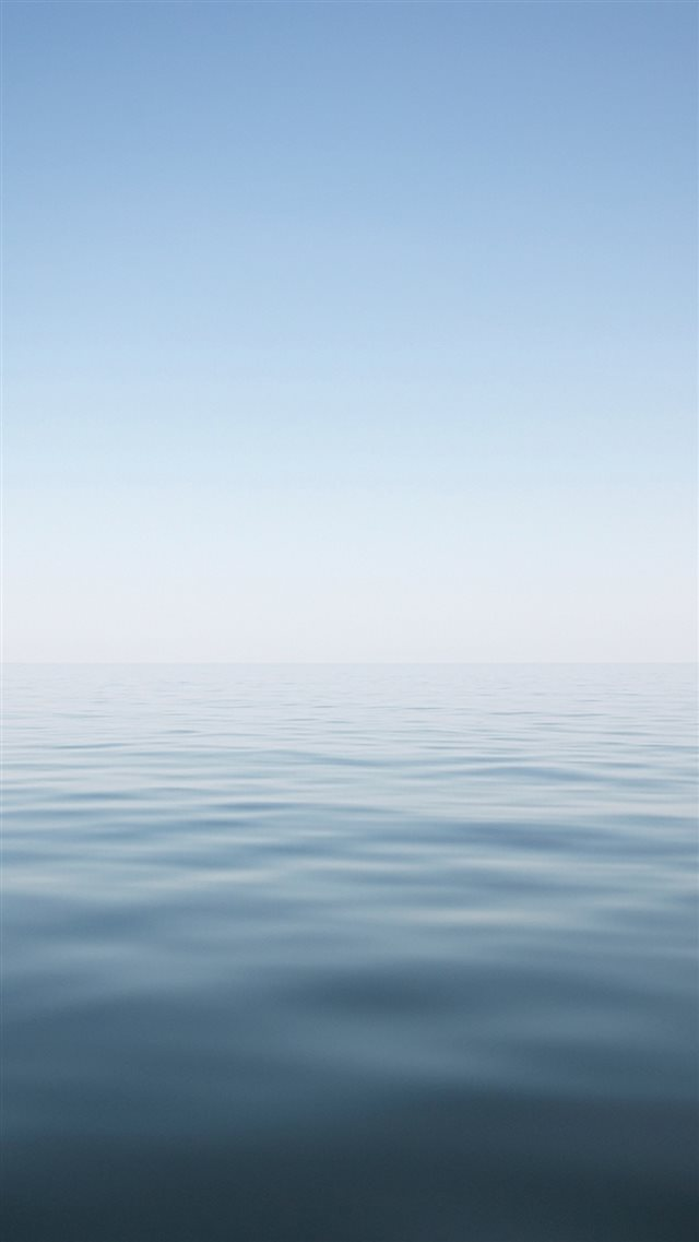 Clear Minimal Ocean Water Surface Landscape iPhone 8 wallpaper