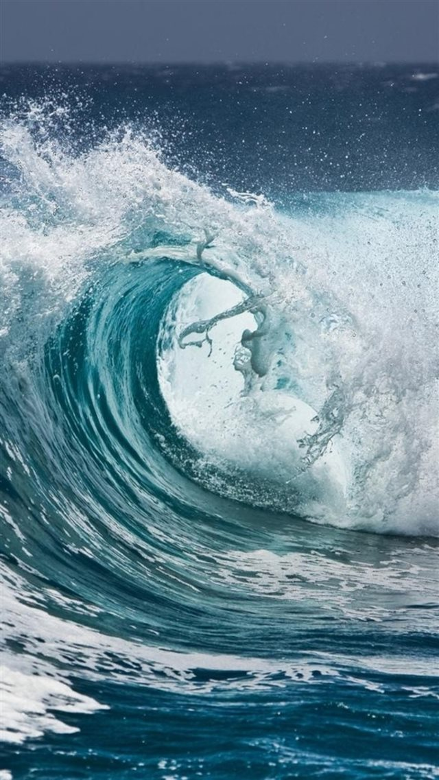 Nature Ocean Surging Wave Water Splash iPhone 8 wallpaper