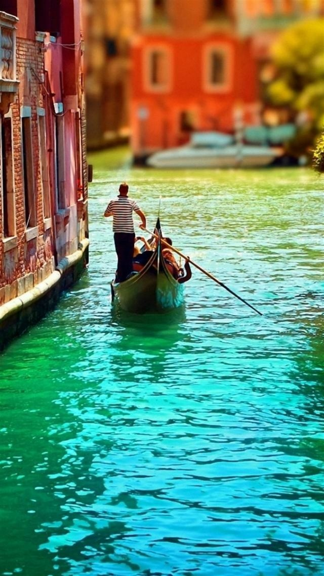 Venice Italy City View Gorgeous Architecture iPhone 8 wallpaper