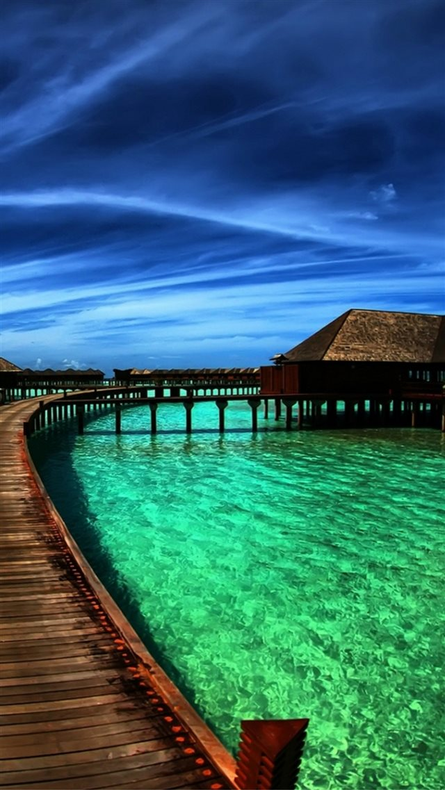 Nature Heaven Maldives Crystal Clear Sea Skyscape iPhone 8 wallpaper