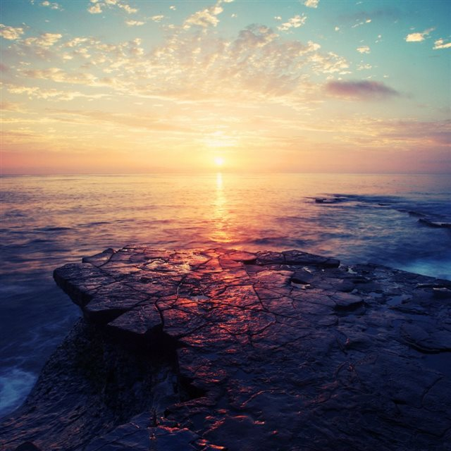 Gorgeous Sea Sunset Landscape iPad wallpaper