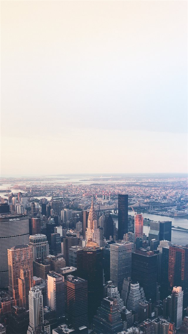 New York Flare Blue City Sky iPhone 8 wallpaper