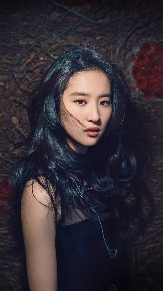 Girl Liu Yifei China Film Actress Model Singer Dark iPhone 8 wallpaper
