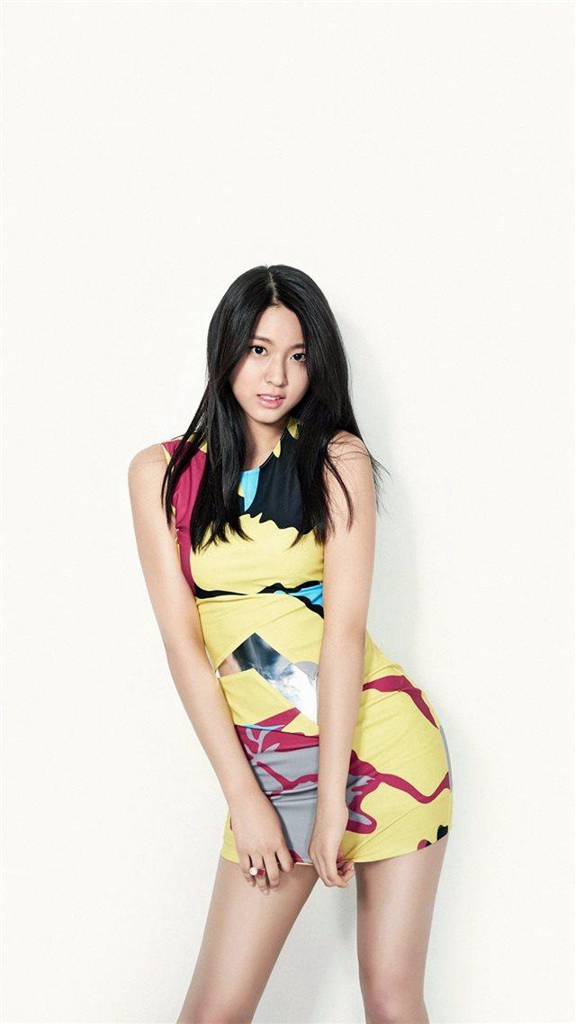 Seolhyun Aoa Kpop Love Cute White Iphone 8 Wallpaper Download