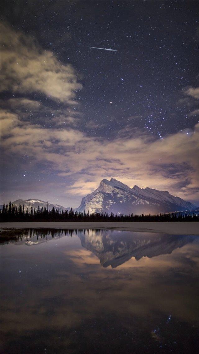 Night Skyview Meteor Mountain Lake Reflection iPhone 8 wallpaper