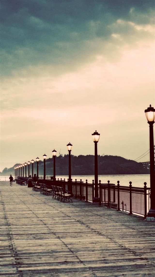 Long Street Pier Skyscape Scenery iPhone 8 wallpaper
