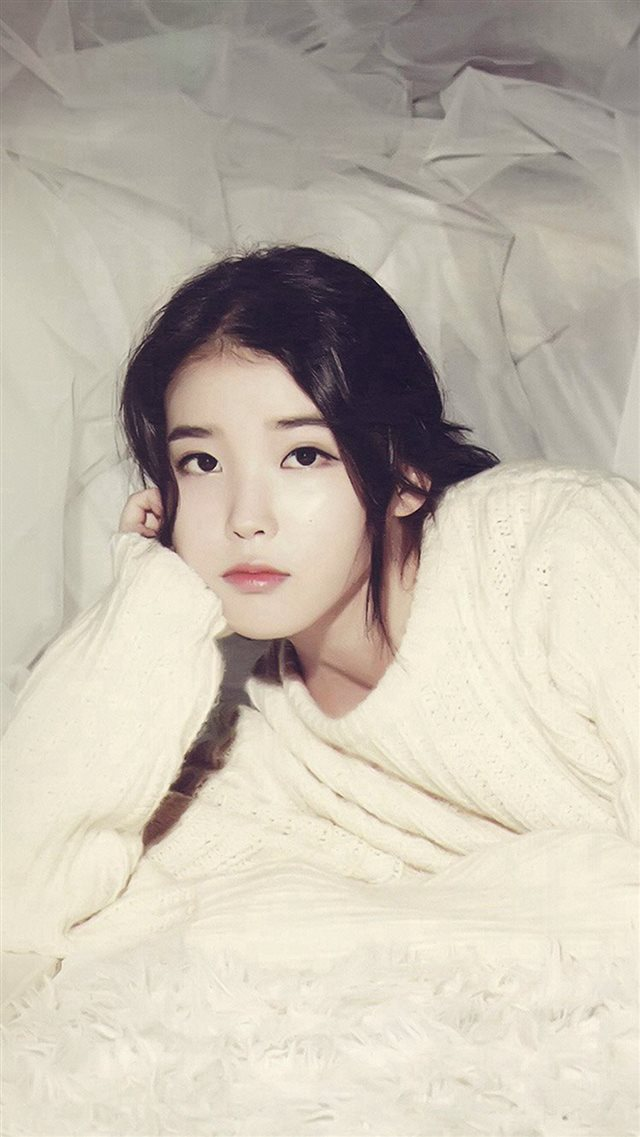 IU Kpop Girl Cute Photography iPhone 8 wallpaper