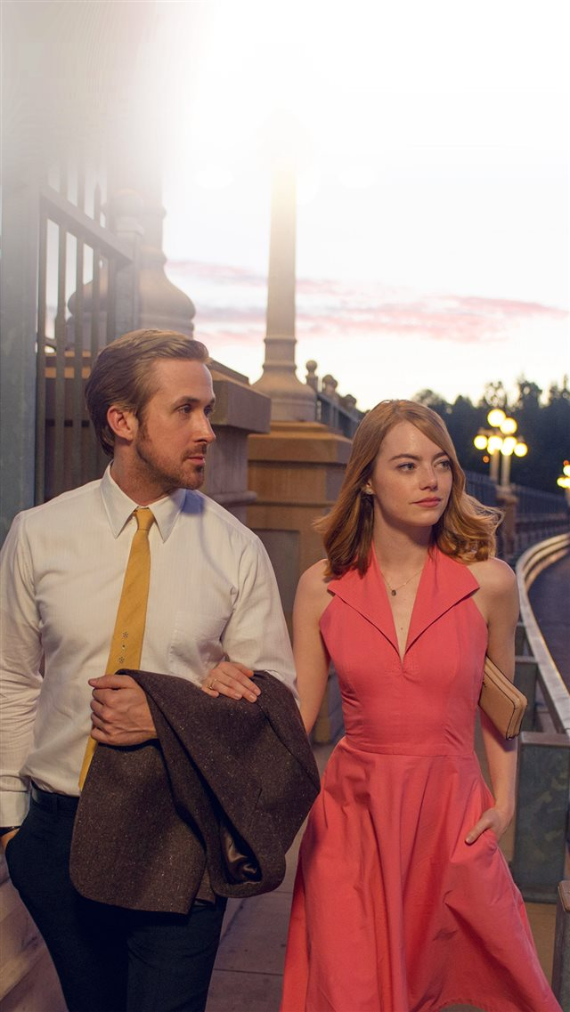 Lalaland Ryan Gosling Emma Stone Red Film iPhone 8 wallpaper