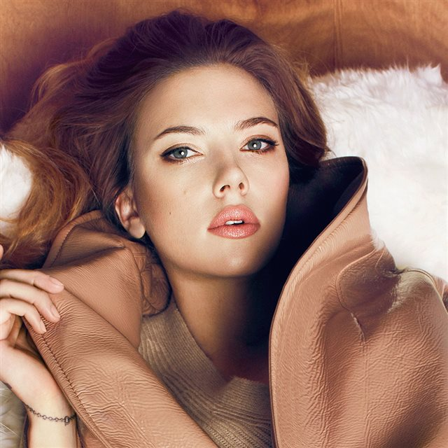 Scarlett Johansson Fall Celebrity Actress iPad wallpaper