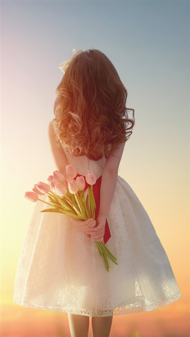 Pure Beautiful Girl Back With Flower Bouquet iPhone 8 wallpaper