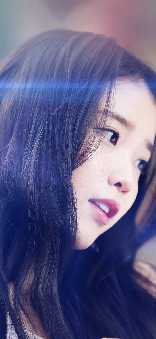IU Kpop Beauty Girl Singer Blue Flare iPhone X wallpaper