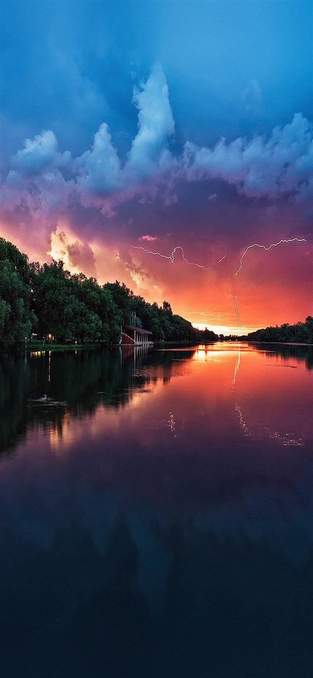 Lightening reflected lake iPhone X wallpaper