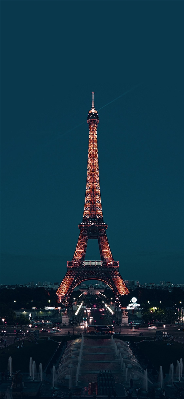 City blue Eiffel tower iPhone X wallpaper